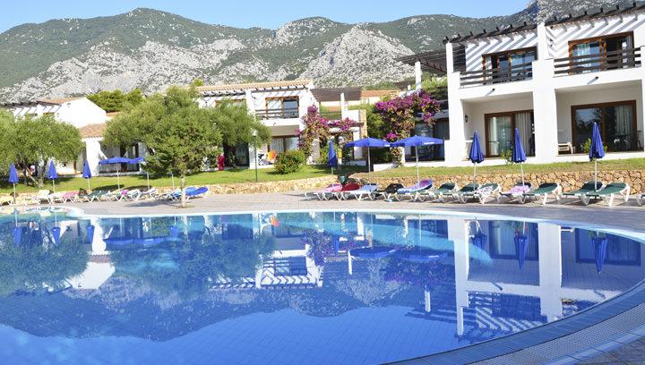 Palmasera village resort cala gonone - Piscina rei village ...